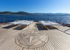 Luxury small cruise ship: sun deck