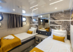 Luxury small cruise ship: Double cabin