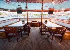 Standard category ship - main deck