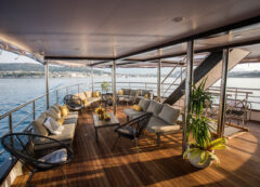 Luxury small cruise ship: main deck