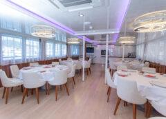 Standard category ship - restaurant