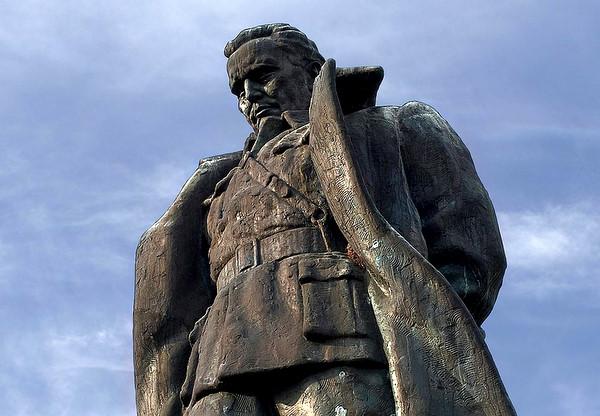 Statue of Tito